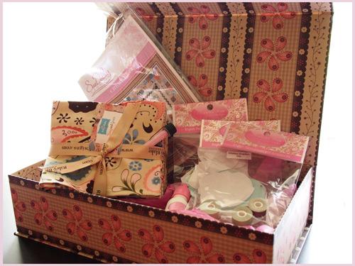 Twig-&-Grace-box-of-goodies