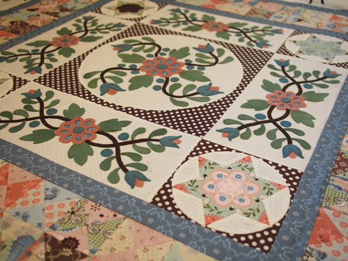 A Collaborative Quilt With The Quilted Crow Girls Sue
